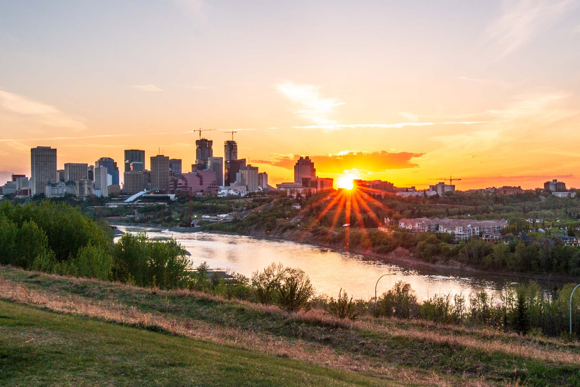 Edmonton vs Calgary: Commercial Real Estate Market Update